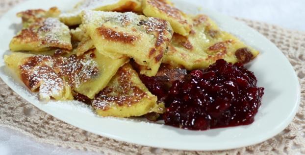 Kaiserschmarren: frittata dolce ai mirtilli