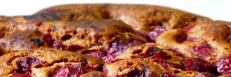 Torta di ciliegie veloce